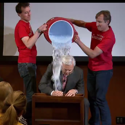 Wells Fargo CEO John Stumpf accepts ALS Ice Bucket Challenge (VIDEO) - Charlotte Business Journal