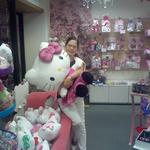 'Hello Kitty' a little girl? No, say customers of Honolulu store that sells all things kitty
