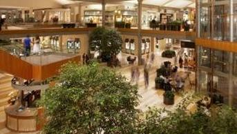 Bellevue Square Mall >> Bellevue Square Bags Urban Grocer For Old J C Penney Space Puget