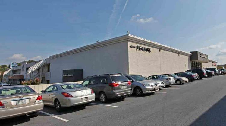 Greenberg Gibbons Commercial Corp. has purchased an interest in the Shops at Kenilworth in Towson.