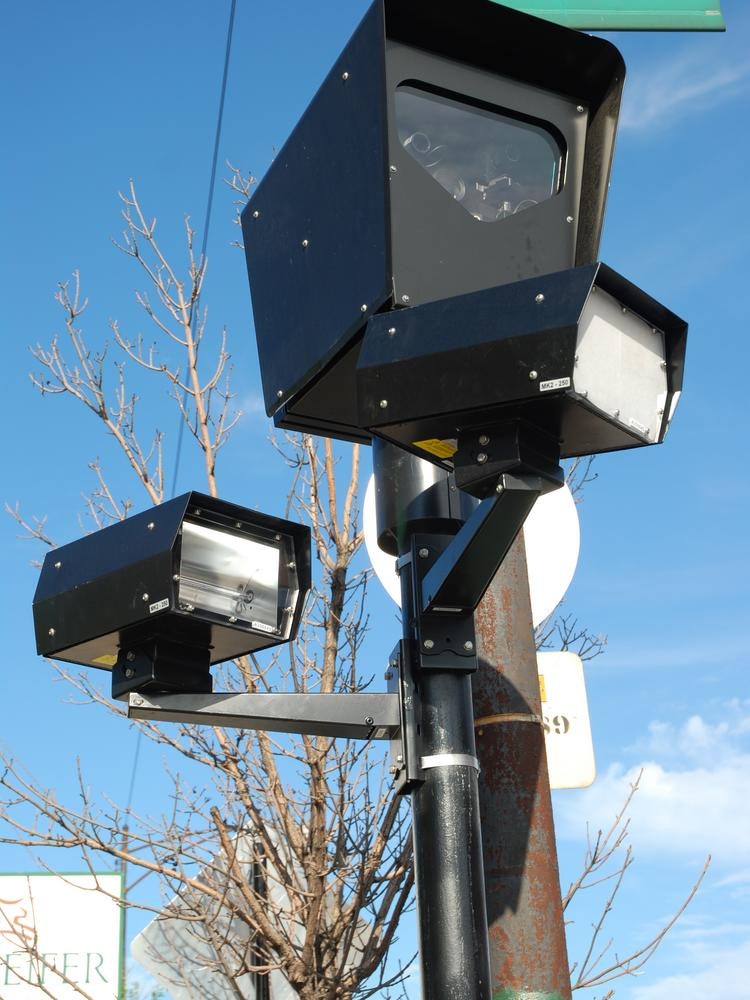 Chicago's red-light cameras might not be operating identically throughout the city.