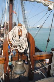 The ship's bell on El Galeon