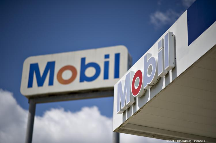 Combined Oil is a reseller and distributor of petroleum products serving major oil brands in the Midwest, including Mobil.