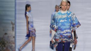 SLIDESHOW: Technology invades New York Fashion Week