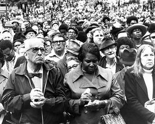 A crowd fills Hopkins Plaza in Baltimore on May 25, 1973 to watch the drawing and posting of the first winning numbers in Maryland's weekly lottery.