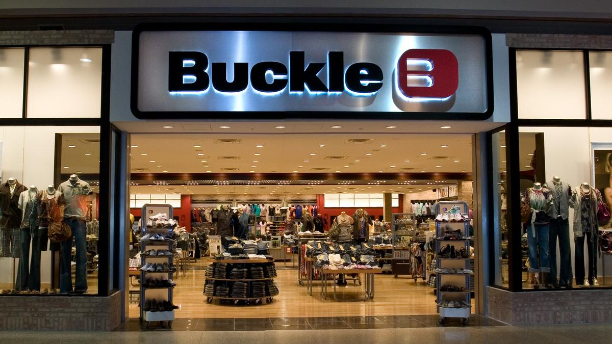 Denim Retailer Buckle Opens At Arizona Mills In Tempe