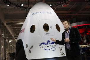 Elon Musk shows off SpaceX Dragon