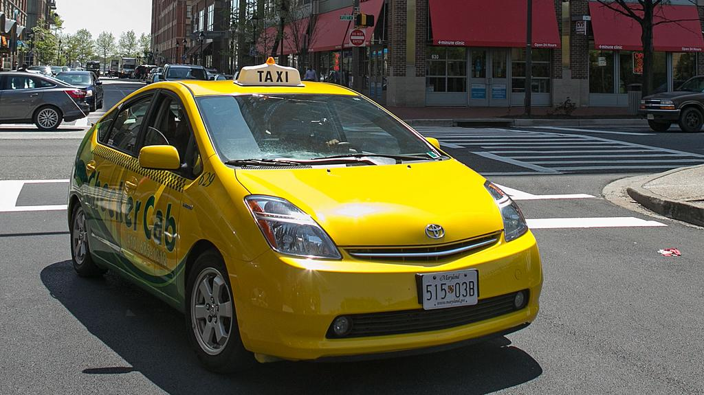 Baltimore cabbies blast illegal competition, hefty permit