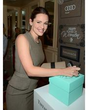 Jennifer Garner wearing Jean Schlumberger's diamond Stiches ring and Elsa Peretti's gold Bone cuff at the Variety Power of Women event in Los Angeles, California on October 5, 2012.