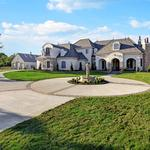 Houston's luxury home market booming, report says