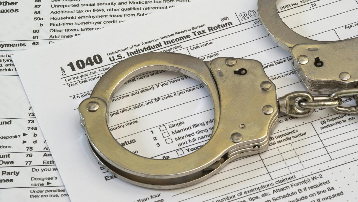 Local 'sovereign citizen' learns that tax evasion leads to