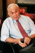 Les Wexner in no hurry to come up with replacement for 'L Brands'