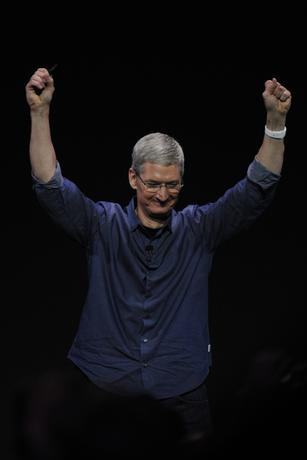 4 reasons Tim Cook's sexual orientation matters, and 1 where it doesn't