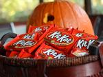Duly Noted: Kit Kats reportedly the most popular Halloween treat in IL