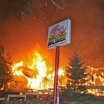 Famous <strong>Dave</strong>'s first restaurant burns down