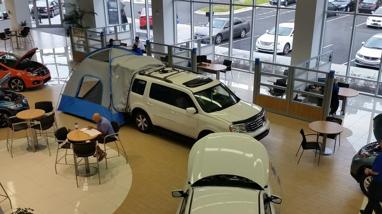 The Showroom At Leith AutoPark Hondau0027s Dealership In Cary.