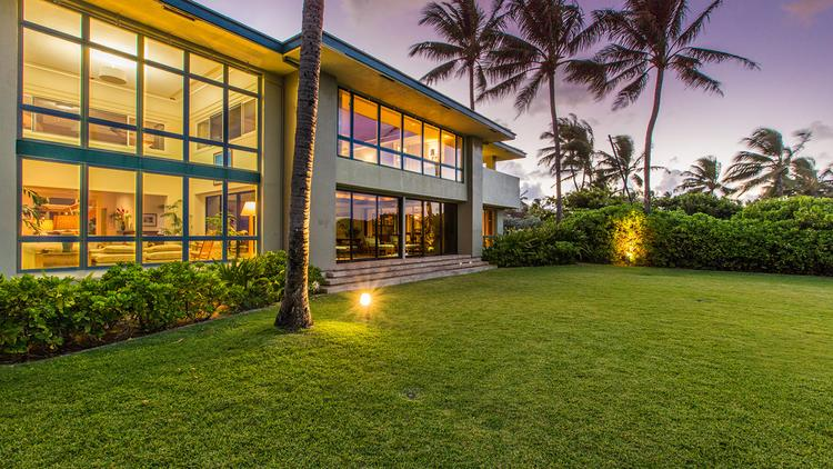 Obama 39 S One Time Hawaii Vacation Home Sold To Chinese