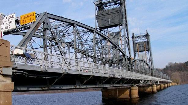 The Stillwater Lift Bridge, with a normal water level (scroll down to see what it looks like now).