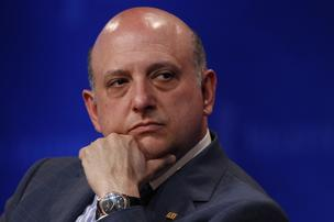 http://media.bizj.us/view/img/441441/american-capital-realty-nicholas-schorsch-bloomberg-photo*304.jpg