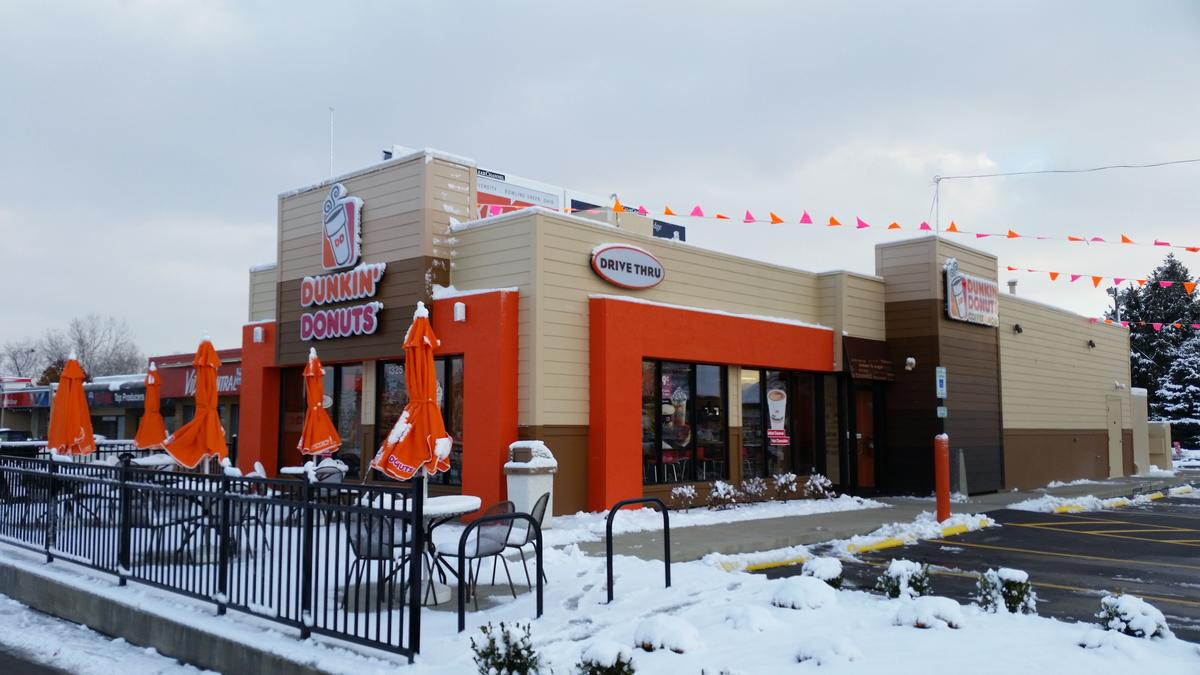 Dunkin Donuts Opens Store On Bethel Road Reaches Five