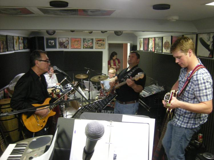 Forward Results Band Jam in the Houston Heights