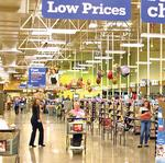 Kroger cuts outlook as chain faces falling food prices