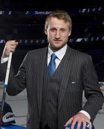 Leg still not healed, Stamkos a late scratch from Team Canada
