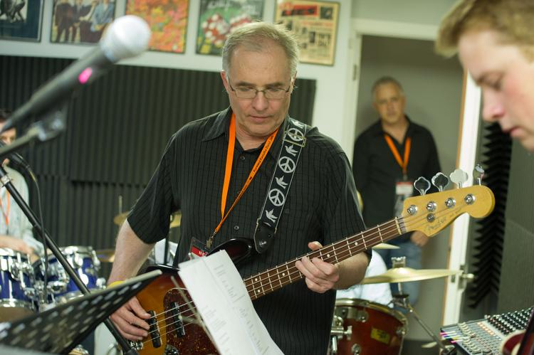 HBJ Managing Editor Greg Barr, center, slappin' the bass at the Forward Results Band Jam.  Click through the slideshow to see more photos from the Forward Results Band Jam.