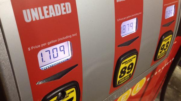 San Antonio Gas Prices >> Gas Prices Dip To 1 70 In San Antonio San Antonio
