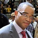 ESPN's Stuart Scott remembered by former N.C. classmates, UNC's <strong>Roy</strong> <strong>Williams</strong>