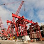 Rescue pit digging resumes, massive crane prepares to lift 2,000-ton broken Bertha parts