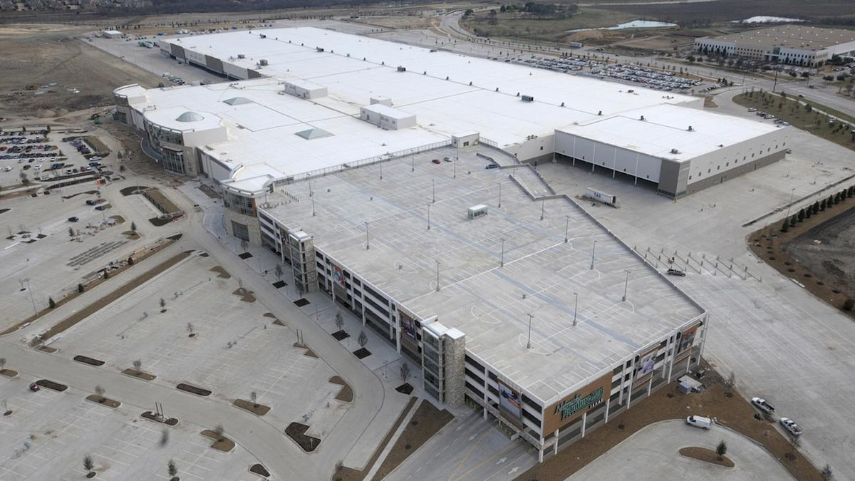 Nebraska Furniture Mart Begins Stocking Shelves For Customers   Dallas  Business Journal