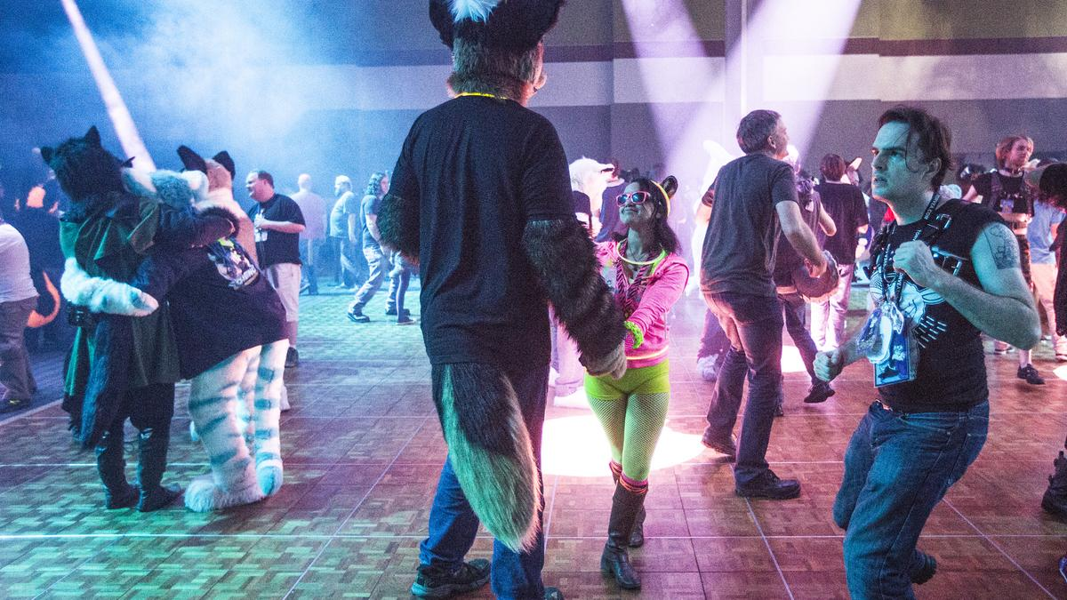 Watch Furries Get Down On The Dance Floor At The Furcon Masquerade