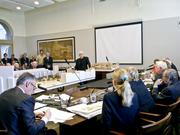 Frank Gehry presented his Eisenhower Memorial model to the commission in 2010.
