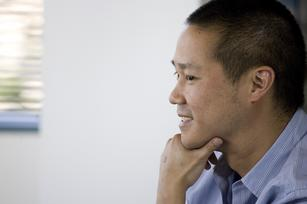Zappos CEO Tony Hsieh takes Uber 'surge' pay concept to call center