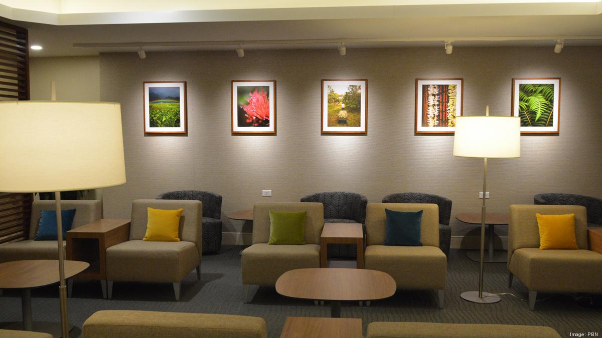 Hawaiian Airlines\' new Premier Club lounge: Slideshow - Pacific ...
