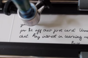 A robot with better penmanship than you and 8 other stories worth sharing