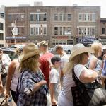Downtown rentals fetch a fortune during CMA Fest
