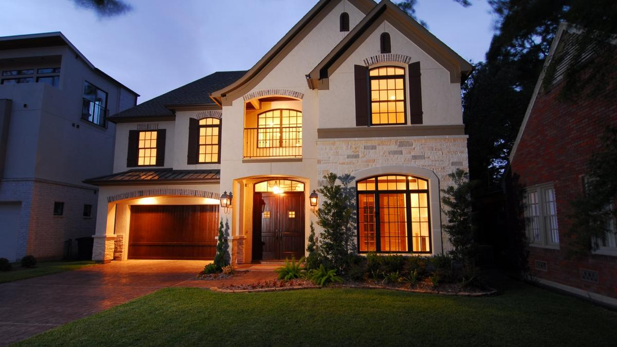 On point custom homes embrace new technologies home for Contemporary homes houston