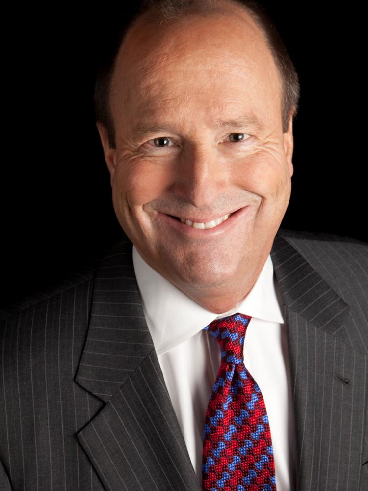 The Portland Business Alliance on Tuesday night will honor Roger Hinshaw with its William S. Naito Outstanding Service Award, its most prestigious award.