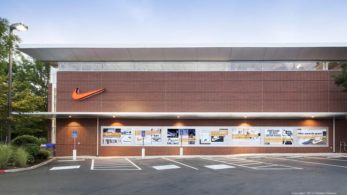 enaguas Fracción Pera  Nike Factory store set to open in Hecht Warehouse in April - Washington  Business Journal