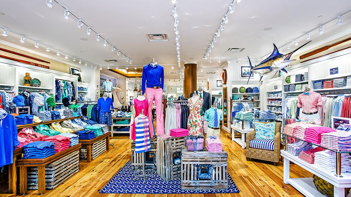 Vineyard Vines Easton – PHOTOS - Columbus - Columbus Business First