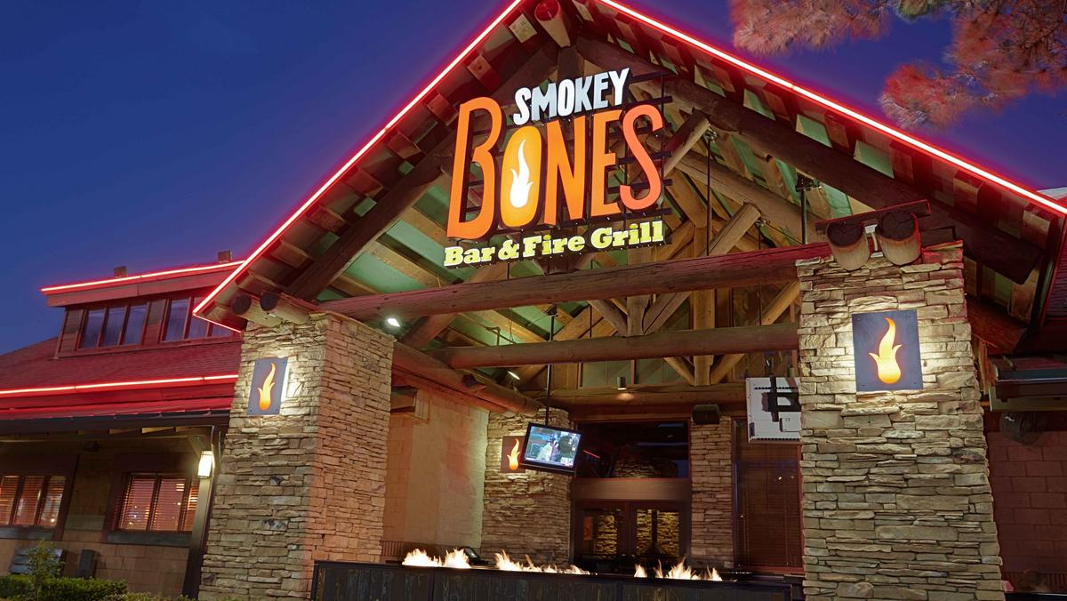 smokey bones bar fire grill coming to mt prospect chicago business journal