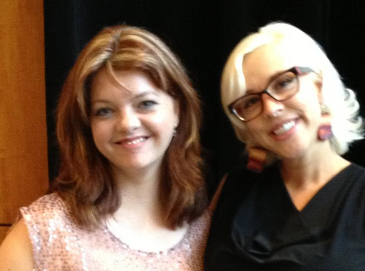 Food Network star Emily Ellyn gave HBJ Editor-in-Chief Candace Beeke tips on how to jam.  Click here to see more photos from the event.