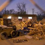 Piñata store demolition sparks ongoing dispute between owners, landlord
