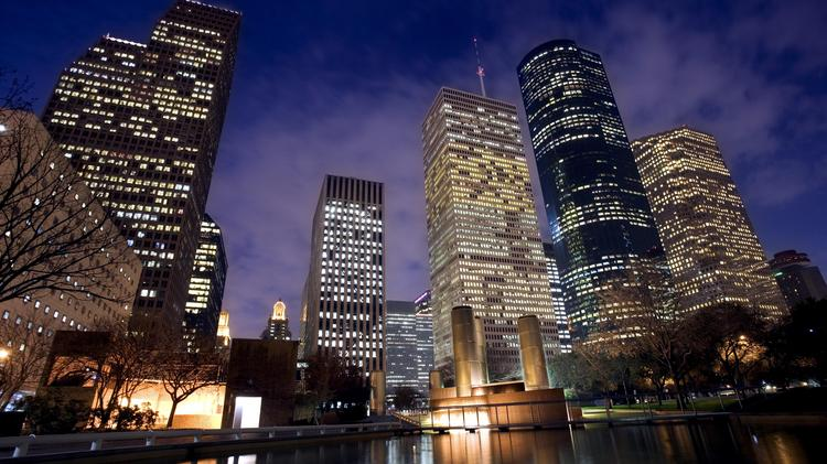 For another month, both Houston's and Texas' unemployment rates stayed below 6 percent, an entire percentage point below the national rate.
