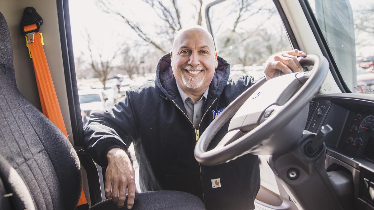 My ride in a YRC big rig (Video) - Kansas City Business Journal
