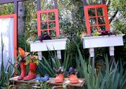 The Backyard Play Garden area features creative designs with step-by-step instructions.