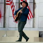 <strong>Garth</strong> <strong>Brooks</strong> takes home top prize at CMA Awards