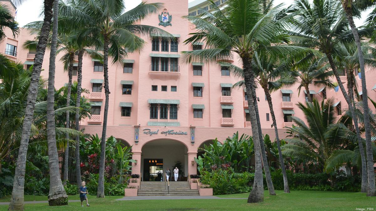 Rich history places 3 hawaii hotels on historic hotels of for Oldest hotels in america
